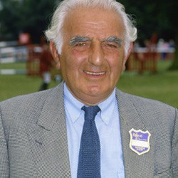 British showjumping lynchpin Ronnie Massarella dies at 92