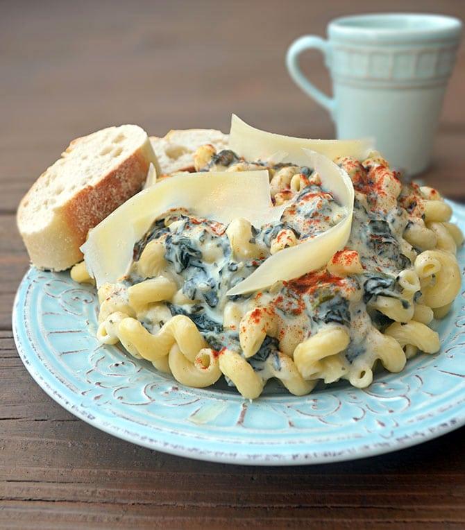 Spinach and Artichoke Dip Alfredo