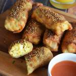 """Bacon Egg & Cheese """"Everything"""" Egg Rolls"""