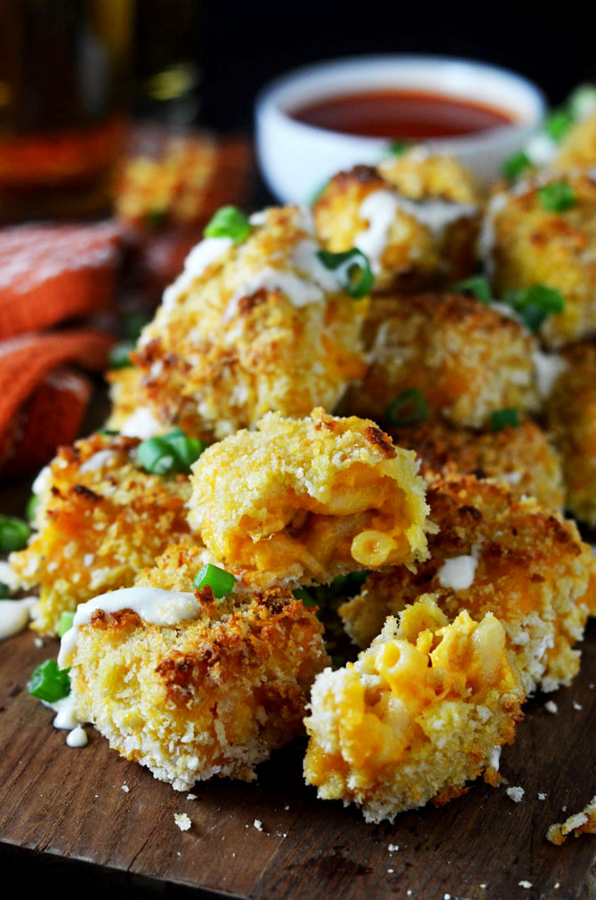 Baked Buffalo Chicken Mac N Cheese Bites. A hit party appetizer or Game day snack!   hostthetoast.com