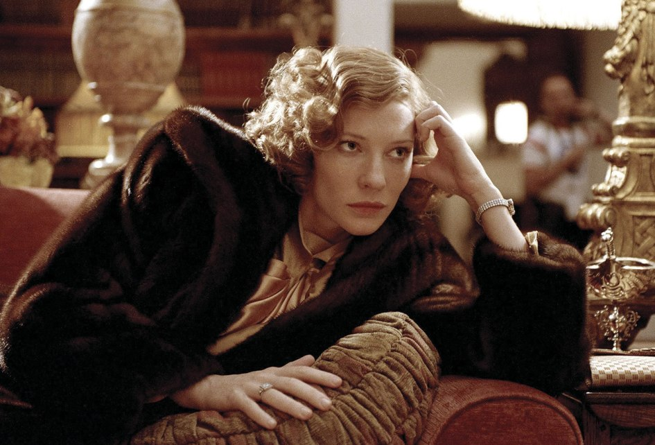 http://www.popsugar.com/entertainment/photo-gallery/13807414/image/13807467/Cate-Blanchett-Aviator