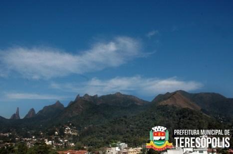Serra dos Órgãos no centro de Teresópolis