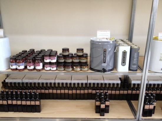 Refillable bottles of olive oil