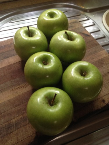 I like to use granny smith apples because they are nice and tart