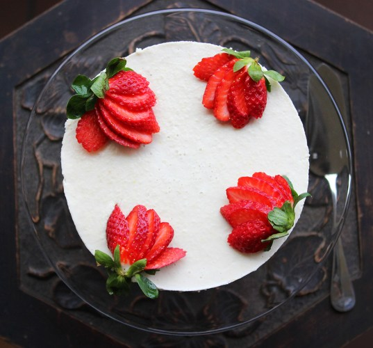 Vegan, Raw Lemon Cheesecake
