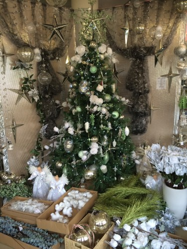 A green and white themed tree