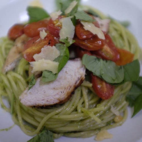 Chicken and pesto spaghetti