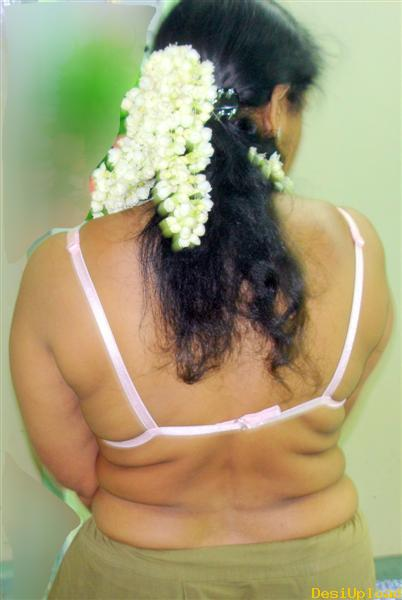 bangla bhabhi boobs