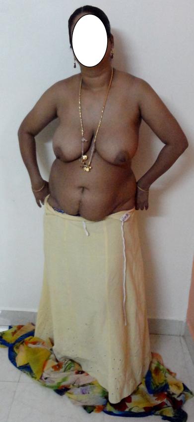 ghagra aunty