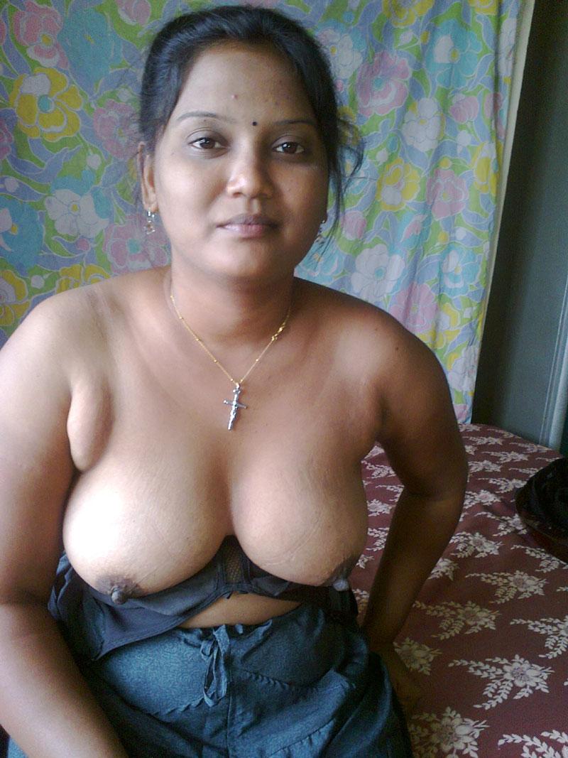 full size aunty