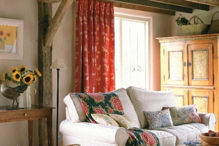 cream walls and exposed beams | housetohome.co.uk