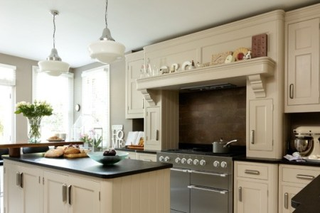 spacious neutral kitchen