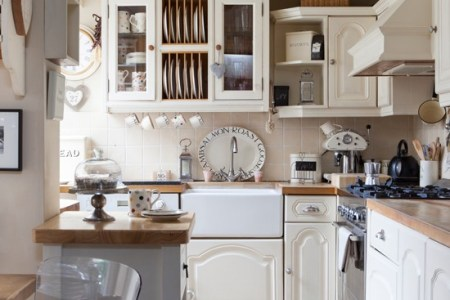 cream country kitchen | traditional decorating ideas