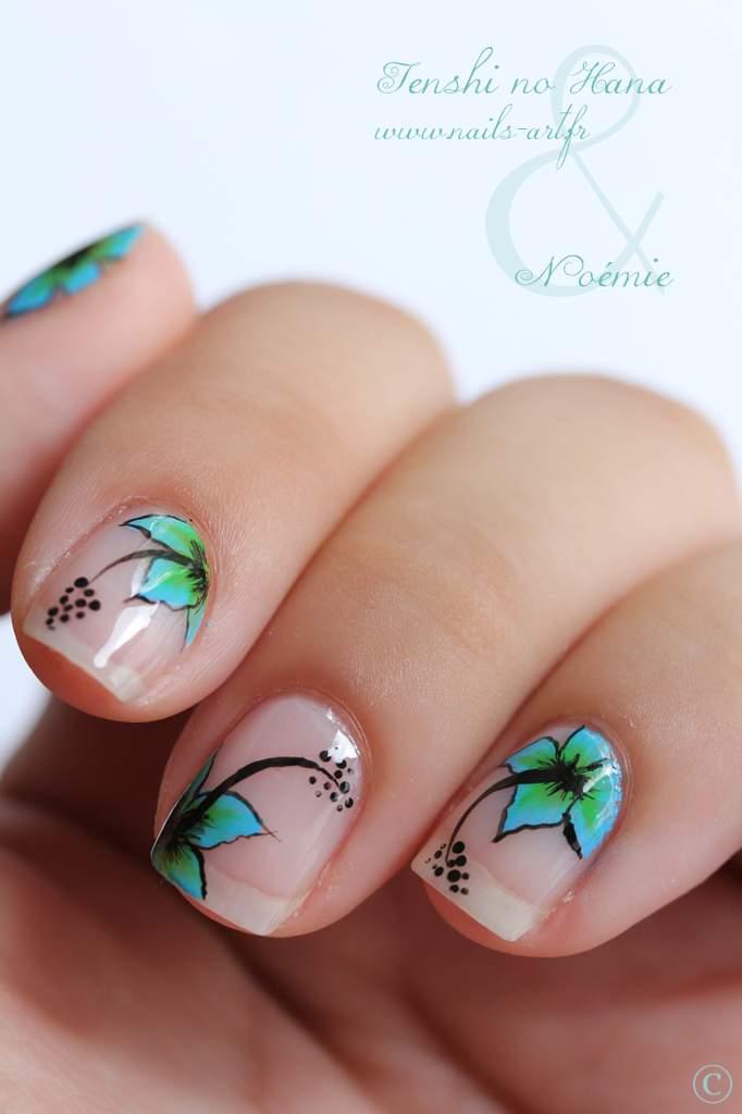 Tropical flowers nail art