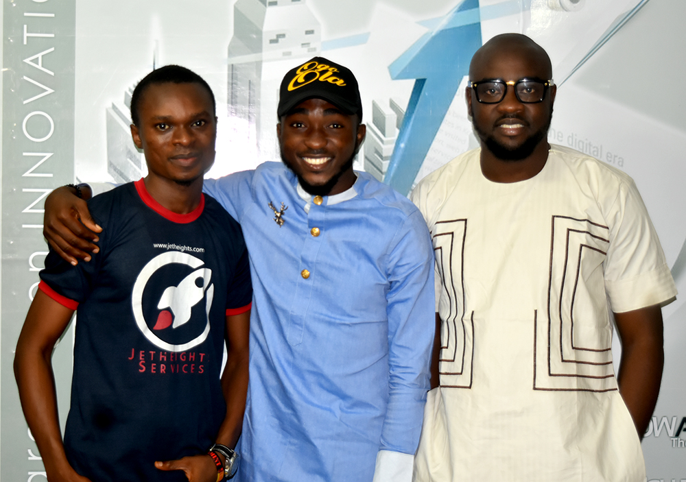 L-R: Mr. Matthew Ogunshina, Manager, Jetheights Service, Babatunmise and Mr. Ayo Alex Alao, CEO of Jetheights Services Ltd.
