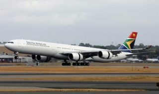 South_African_Airways_Airbus_A340-600_PER_Monty-1