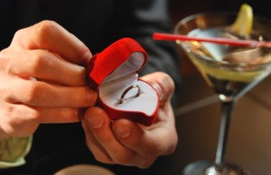 Popping The Question - 5 Romantic Ways To Get Her To Say Yes