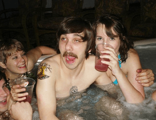 The Do S And Don Ts Of Hot Tub Etiquette