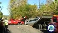 Several injured in bus crash