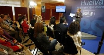 Acto Petronila Guerrero con mujeres