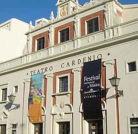Fachada del Teatro Cardenio.