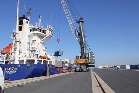 Mercante ruta Huelva-Rotterdam