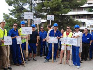 Protesta de trabajadores de Nilefos, 50 de los cuales serán ahora recolocados.