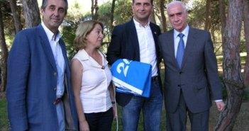 Consejero con alcalde y concejales de Moguer