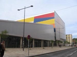 Imagen exterior del aparcamiento mercado del Carmen.