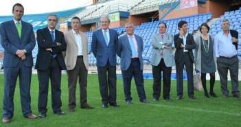 Presentación del Consejo de Administración del Recreativo de Huelva. (Tenor)