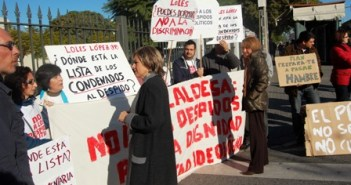 Protesta de los despedidos en Sevilla.