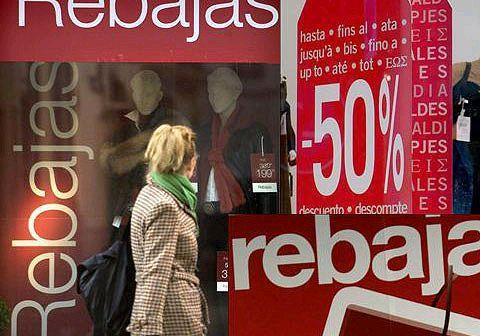 Los comerciantes confían en recuperar en las Rebajas la bajada en ventas de los meses anteriores.