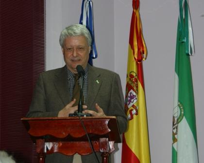 Conferencia de Francisco Revuelta.