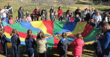 Escolares realizan actividades en el Parque Moret por el 28-F.