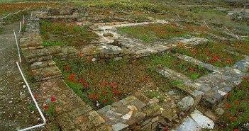Restos arqueológicos en Saltés.