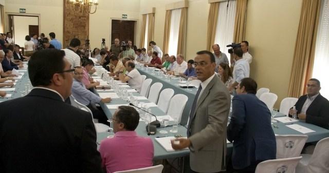 Firma del convenio con los ayuntamientos y las mancomunidades.