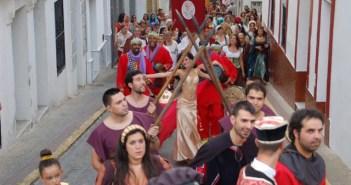 Pasacalles inaugural de las Jornadas Medievales en Cortegana.