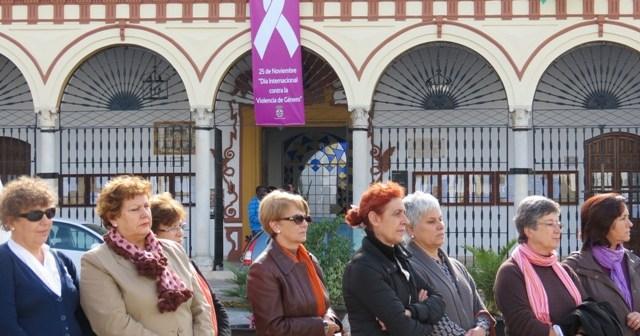 Mujeres contra la violencia machista en Moguer.