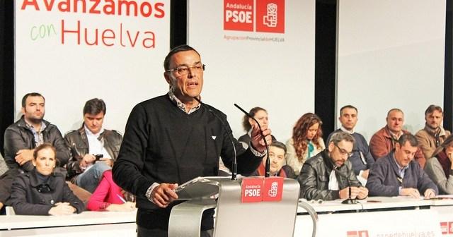 Ignacio Caraballo interviene ante el comité provincial del PSOE celebrado este sábado.