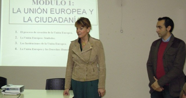 Apertura del curso dirigido a inmigrantes.