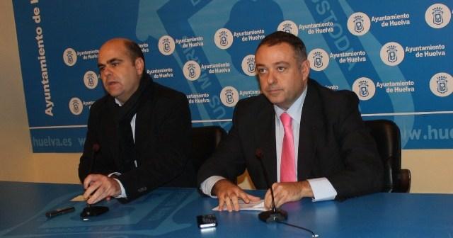 Saúl Fernández y Juan Carlos Adame, en rueda de prensa.