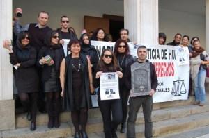 Imagen de archivo de una protesta de los funcionarios de los registros civiles.