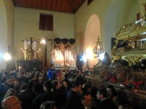 Los pasos de la Hermandad Santo Entierro, en la ermita de la Soledad.