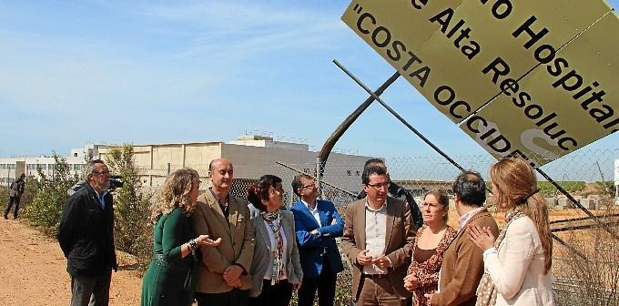 Imagen de archivo de una protesta del PP por la no apertura del Chare de la Costa.