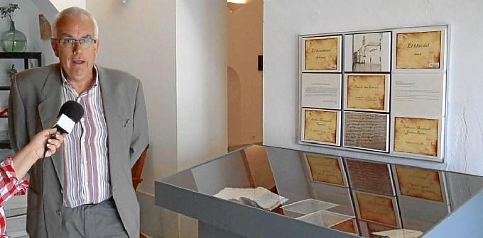 Documentos expuestos en la Casa Grande de Ayamonte.