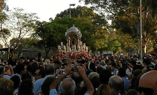 La Virgen de la Cinta, a la altura del Colegio Mayor San Pablo. (Pedro Rodríguez / facebook)