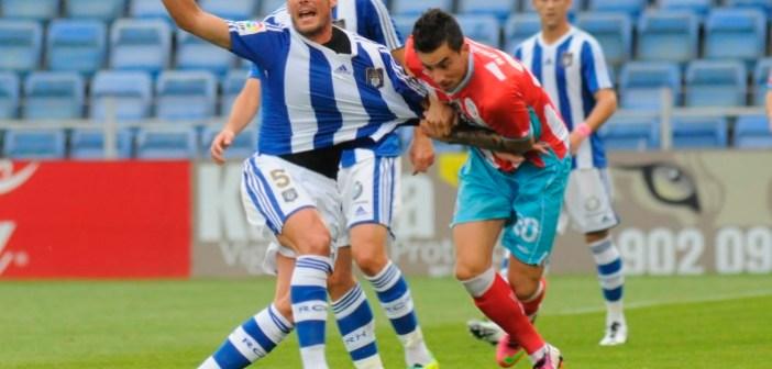 Zamora solicita falta de un jugador del Lugo. (Espínola)
