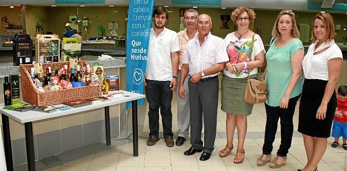 'Que sea de Huelva' ha llegado hasta el mercado de San Sebastián de Huelva.