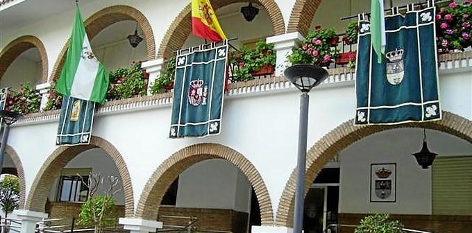 Fachada del Ayuntamiento de Lepe.