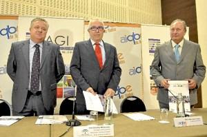 Presentación en Sevilla del impacto económico de la AIQBE y de AGI.